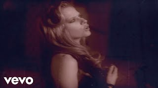 Avril Lavigne's official music video for 'Nobody's Home'. Click to ...