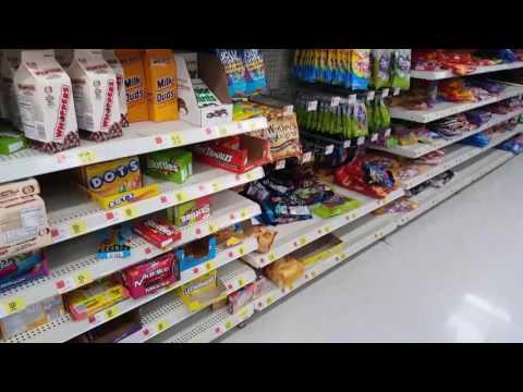 Walmart - The Grape Fruit Lady & Buying Lots Of Snacks