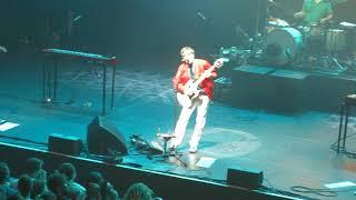 """Weezer @ l'Olympia, Paris 19 / 10 / 2017 """"Undone + Buddy Holly"""""""