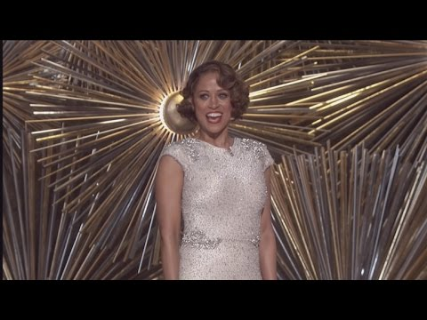 Stacey Dash Explains Her SuperAwkward Oscars Appearance