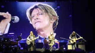 Steven Wilson - Space Oddity (David Bowie) - Hammersmith Apollo 27th Jan 2016