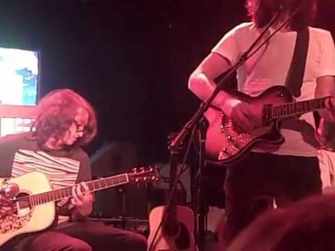 Chris Cornell 5/03/10 The Roxy - Fell on Black Days (w/ Arnie Sallan)