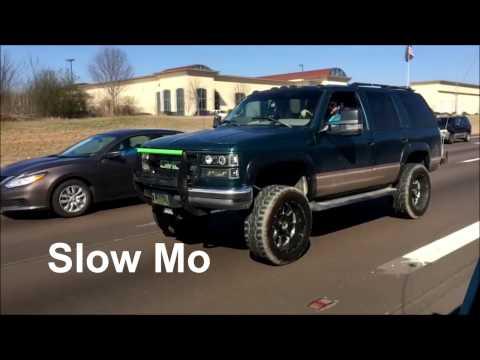 Rolling Shots With Slow-Mo   1996 GMC Yukon and 1995 Chevy Z71
