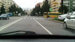 чурка маршрутчик на дороге