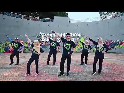 Let's Dance Together | BBB Ft Melly Goeslow | FitDance | MMFC8020