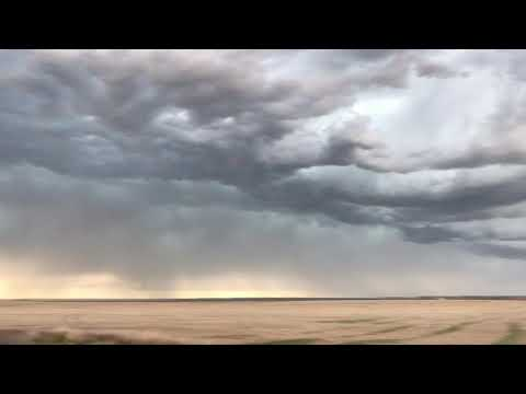 Turbulent high-based severe storms in the Nebraska Panhandle!