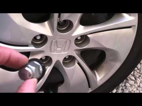 2014 Honda Civic Hubcap Replacement