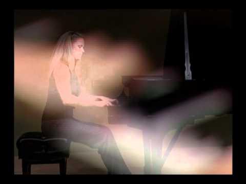 The Living Room 1 - Pianist Adryn Miller - Santa Monica CityTV