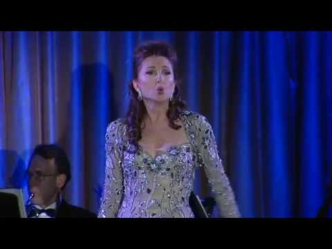 Me and My Town - Donna Murphy