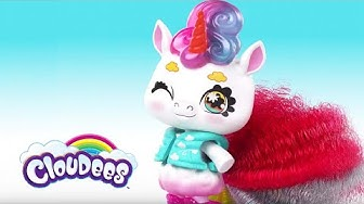 Cloudees Chase the Frolicking Unicorn! | Mattel