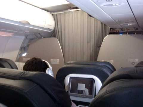Avianca habla el capit n youtube for Interior 787 avianca