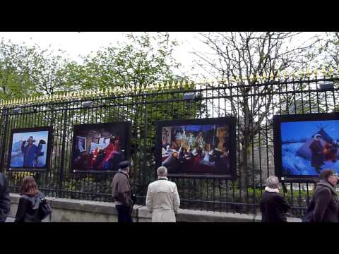 Photos exhibition - Luxembourg garden - PARIS