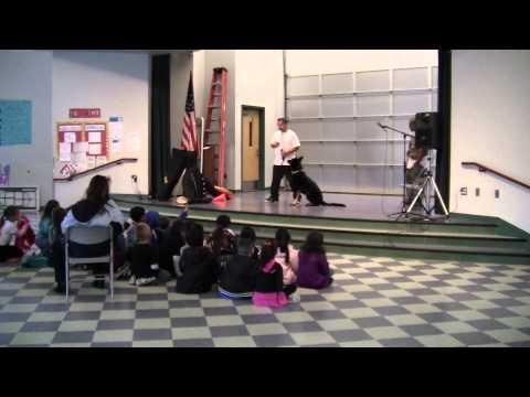 Royal Dog Training @ Rio Del Norte Elementary School in Oxnard, CA.