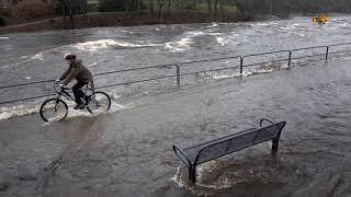 SMHI varnar: håll er borta från översvämmade områden