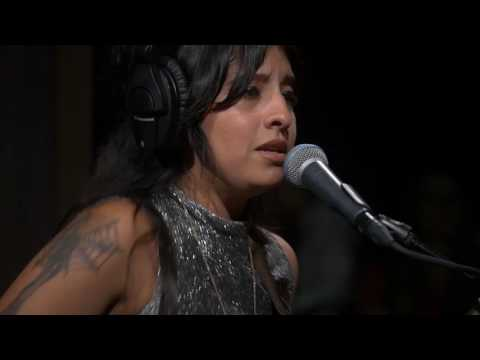 Acapulco Lips - Shoes On (Live on KEXP)