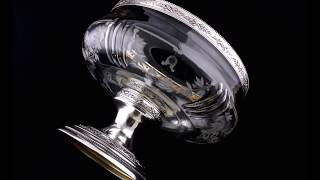 Антикварная ваза на ножке, стекло, серебро, золочение.