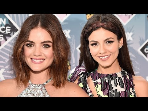 Victoria Justice & Lucy Hale STUN On 2016 Teen Choice Awards Red Carpet