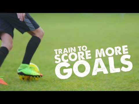 How to play striker - Score more goals and Football training session