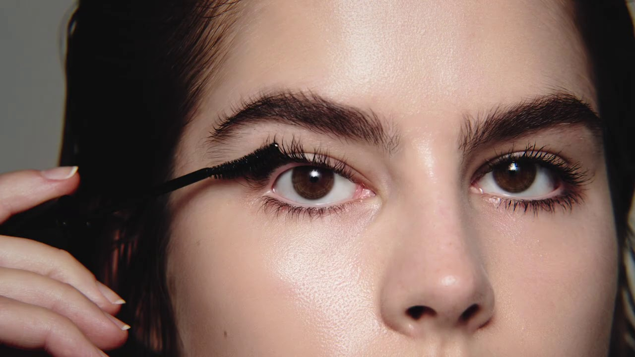 Future Lash Mascara - Application