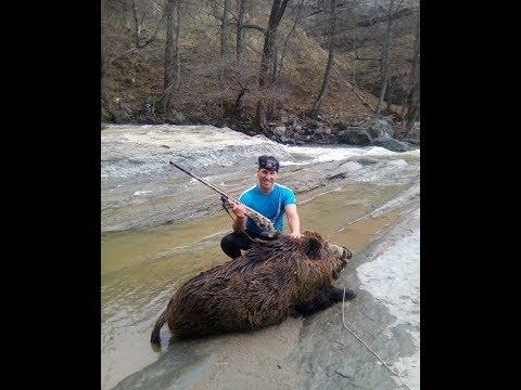 Ανέλκυση ΜΟΝΙΑ  180 κιλών από το ποτάμι μέρος 1