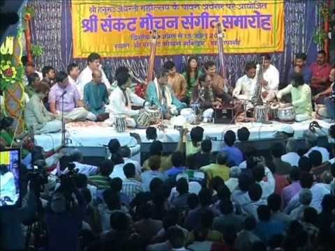 Ghulam Ali performing in Sankatmochan Temple
