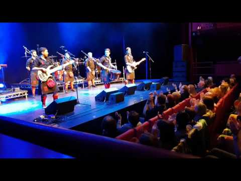 Red Hot Chilli Pipers The Lowry April 2017