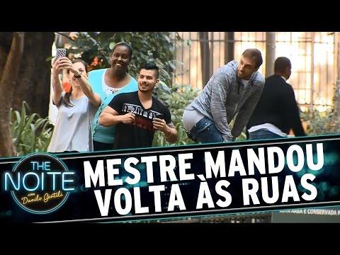 The Noite (05/08/15) - Mestre Mandou Volta às Ruas