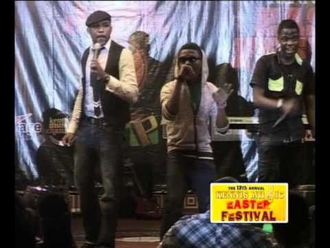 BANKY W INTRODUCES WIZKID & SKALES @THE 12th ANNUAL KENNIS MUSIC FESTIVAL {2010}