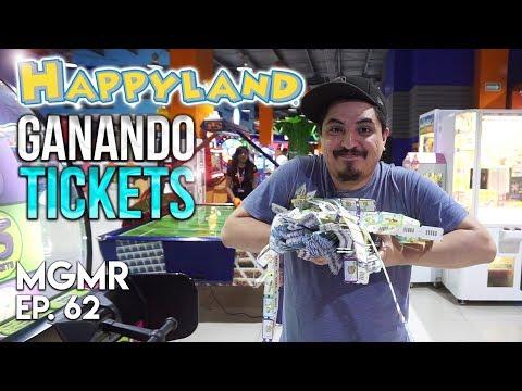 Jugando Arcade en HappyLand - MiniGames en el Mundo Real EP. 62