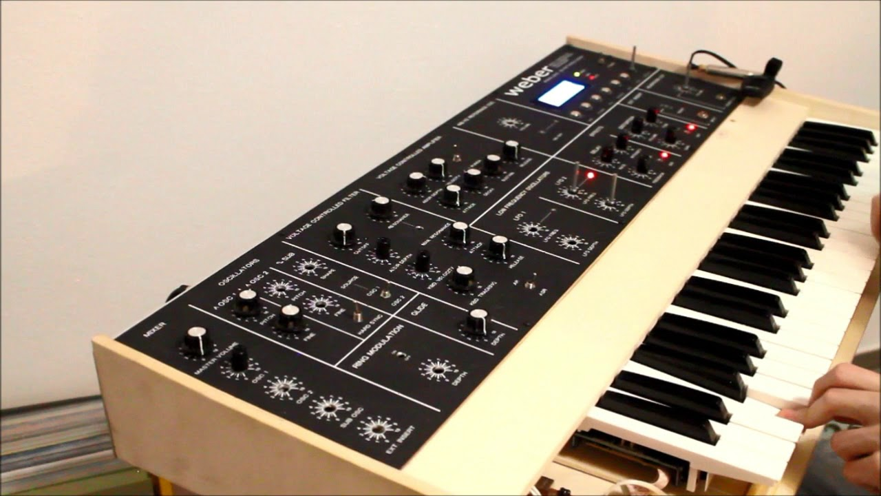 DIY Homemade digital controlled analog monophonic synthesizer