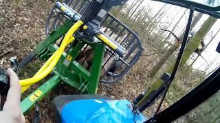 Okiem rolnika #12. Być jak drwal... załadunek drzewa w lesie
