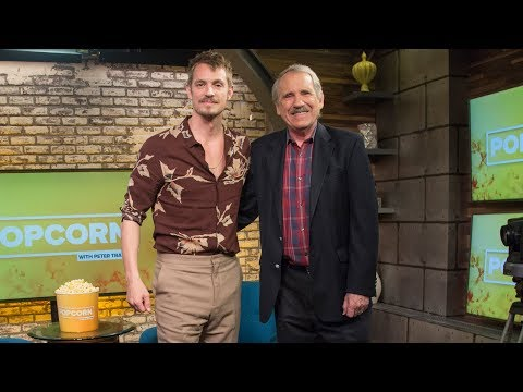 'Altered Carbon' star Joel Kinnaman on his dual roles in the hit scifi series