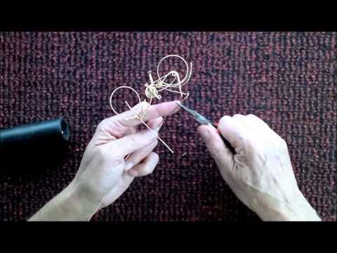 Bicicleta clásica de alambre hecha a mano de una sola pieza. bicycle handmade wire.