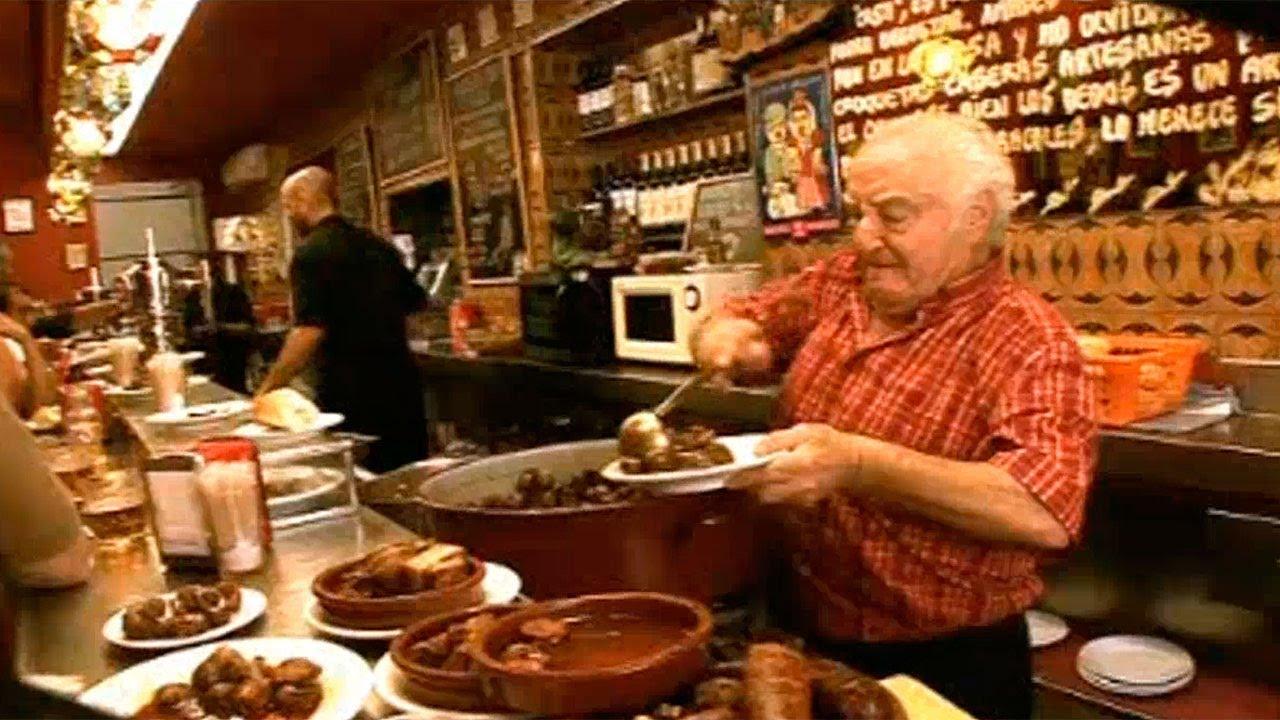 El bar m s famoso de el rastro los caracoles youtube - Cascorro madrid rastro ...