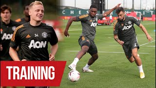Training | Donny van de Beek, Bruno Fernandes & the lads train ahead of season opener v Palace