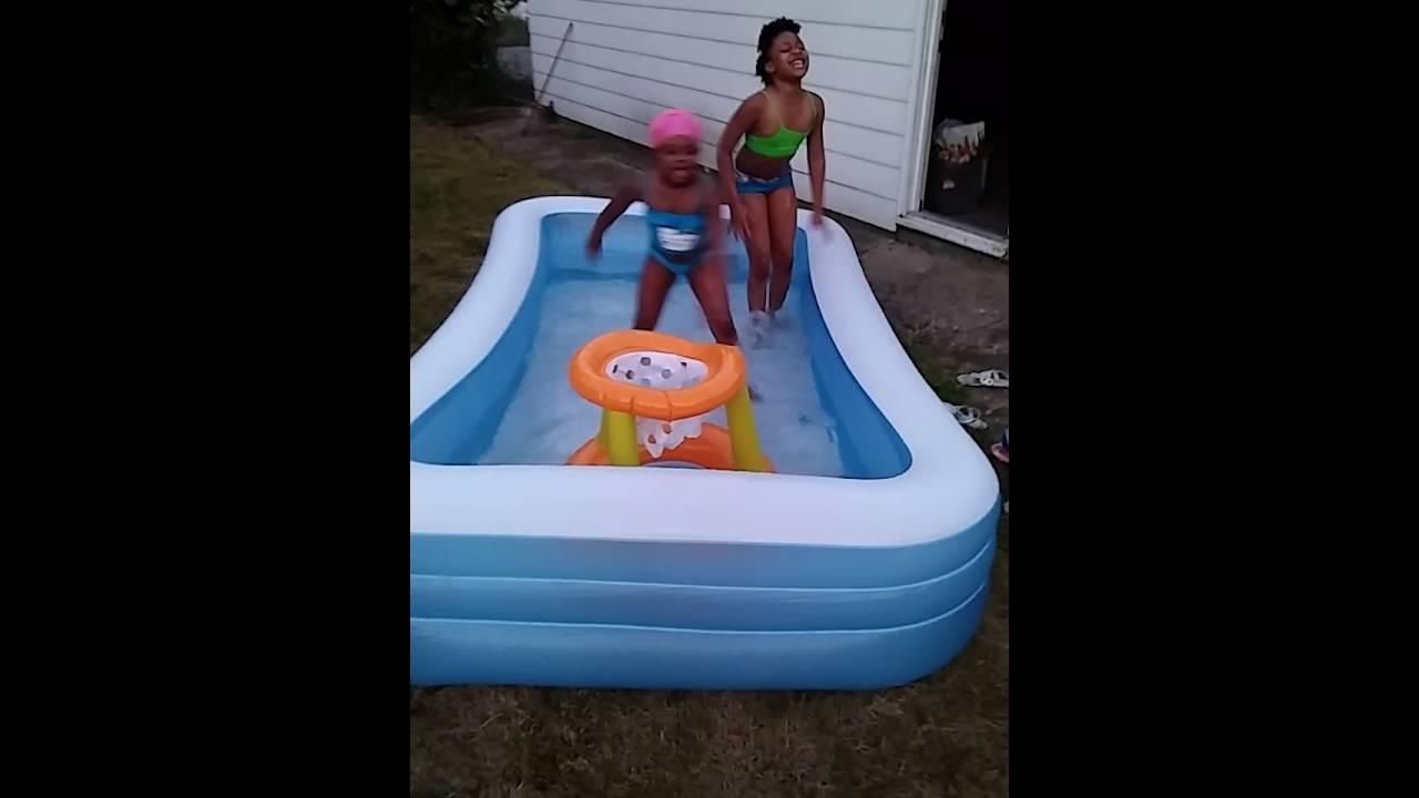 RKelly Backyard Party