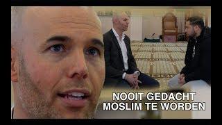 BEKEERDE EX PVV'ER JORAM VAN KLAVEREN IN GESPREK MET SALAHEDDINE