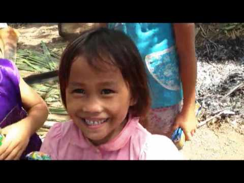 ONI FROM NORTH CAROLINA VISIT HIDDEN MOUNTAIN VILLAGE AND GIVE RICE AND OTHER NEEDS FOREIGNER