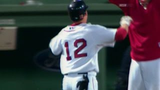 MLB: Lowrie's walk-off single in the 12th