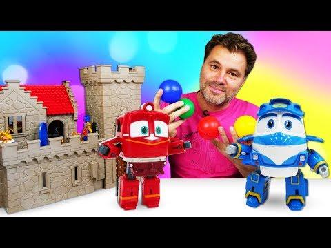 Новое видео для детей. Игры в игрушки Роботы-поезда для малышей