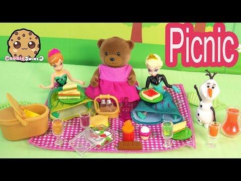 Li'l Woodzeez Picnic Basket Fun Playset With Disney Frozen Queen Elsa, Princess Anna + Olaf