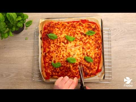Easy Gluten Free Deep Pan Pizza | FREEE By Doves Farm