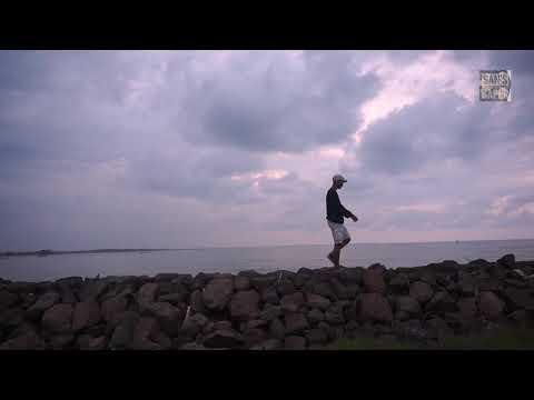 Ipang - Sahabat kecil OST laskar Pelangi ( lirik Video )