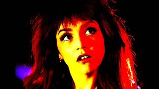Sofia Portanet – Free Ghost / Waage / Planet Mars / Ringe