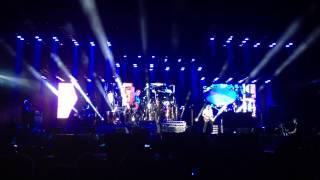 QUEEN + Adam Lambert - The Show Must Go On (Rock in Wrocław) HD