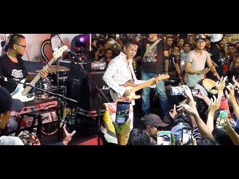 Free Download Kangen ★ Tony Q Rastafara @ The Indonesia Coffee Expo - Blok M Square Mp3 dan Mp4