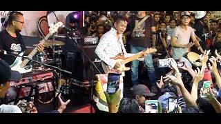 Video Kangen ★ Tony Q Rastafara @ The Indonesia Coffee Expo - Blok M Square download MP3, 3GP, MP4, WEBM, AVI, FLV Juli 2018