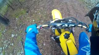 Spoko DRWALE! wjeżdżam Suzuki RM 125 w wycinkę drzew! (2015)
