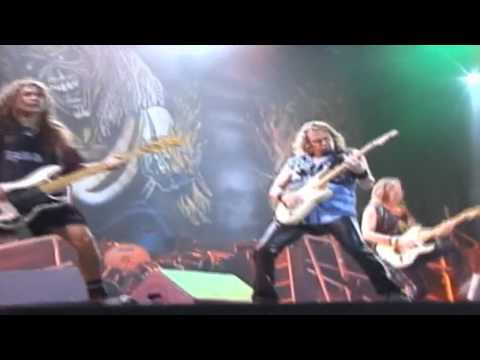 Iron Maiden - The Number Of The Beast (Rock In Rio 2001)