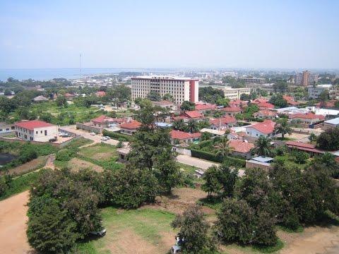 Bujumbura, mji mzuri nchini Burundi, katika mwambao wa Ziwa Tanganyika, kahawa, madini ya bati